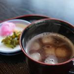 萬屋 - 2014.11 おしるこ400円