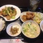 32635756 - 中華定食(野菜炒め)と若鶏の唐揚げ