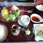 かんながら - ご飯、天ぷら、とろろ、サラダうどん、茶碗蒸し