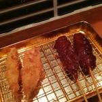 どて家 - ソース串カツ、味噌串カツ