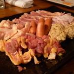 ひょうたんから駒 - 料理写真:☆美味しい鶏肉いろいろ満載です(≧▽≦)/~♡☆