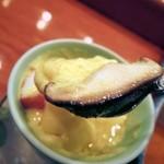 篠寿司 - 肉厚の椎茸の味わい。
