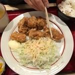 32650132 - からあげ食べ放題定食(900円)