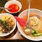 32651756 - 冷麺セット