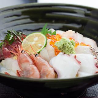【おすすめ!】上海鮮丼