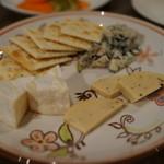 シンノスケ オー - チーズ盛合せ