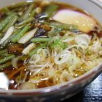 安達太良サービスエリア(上り線) レストラン・スナックコーナー - 山菜そば(¥530)山菜が半面盛り~♪