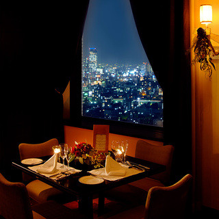 記念日にも最適☆きらめく夜景の美しいレストラン