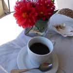ピエール・ド・ロンサール - コーヒーは、テラス席で頂きました♪