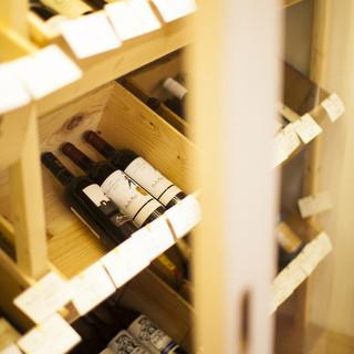 60種類以上のワイン揃えてます!!!