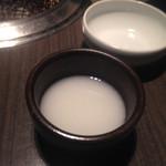 土古里 - マッコリ。とはいえ材料も仕込みも日本国内。韓国産の食材がこわい人でも安心。
