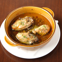 MOANA Dining - 牡蠣のアヒージョ