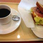 ドトールコーヒーショップ - 朝カフェ・Aセット(ハムタマゴサラダ)!