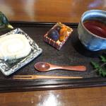 千笑 - 料理写真:千笑おもてなし紅茶¥600