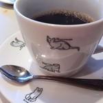 ヴィンサント - 濃い目のコーヒーはネコちゃんカップで。