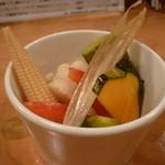 スタンドシャン食 Osaka北新地 Champagne & GYOZA BAR - ☆ピクルスの盛り合わせ(●^o^●)☆