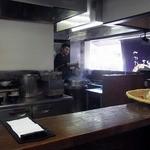 つけ汁うどん 野澤 - 厨房