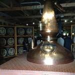 ウイスキー倶楽部 - ウイスキー博物館内のポットスチル