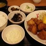 32693970 - やみつき鶏唐定食                       タルタル添え 730円税込