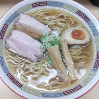 煮干鰮らーめん 圓 - 再訪「煮干ラーメン(720円)」! 何度きても嬉しい♪