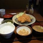 かつ盛 - 料理写真:三味かつ膳(税込み1026円)