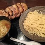 三ツ矢堂製麺 - 2014/10 大判チャーシューつけめん