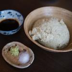 石臼挽き蕎麦香房 山の実 - 手挽きそばがき