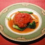ビストロ・プティポワ - 牛肉のパン粉焼きトマトソース掛け
