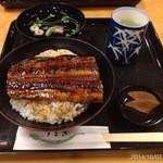 32707691 - 2014年10月7日(火)19:30 うなぎ丼1620円×おかわり2杯(^_^;) 一杯目です
