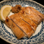 蔵部 - 武石高原鶏の炭火焼