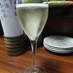 32708115 - スパークリングワイン