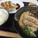 めんきち - 料理写真:ラーメンセット(860円)
