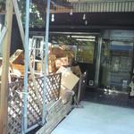 ビッツ - 店舗東側に新しく飲食スペースを作られてるそうです。今年中に完成予定とのこと。