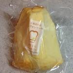 32723687 - お米のシフォンケーキ 204円(税込)