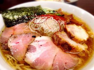 麺や真登 - 鶏だし醤油チャーシュー美味い!