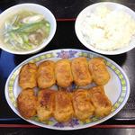 32728630 - 焼餃子10個とん汁セット ¥830