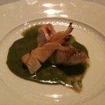 リストランテ エノテカ・イゾラベッラ - 甘鯛と筍のグリル、バジリコとウニのソース
