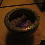御茶屋Bar - 店内の火鉢