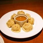 カンパイ - ネパール風蒸餃子