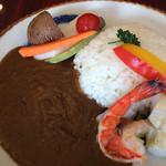 和っ花 - 料理写真:具沢山のカレー(サラダ・コーヒー付)¥1.000-