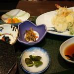 い川 - お袋がいただいた、天ぷら定食840円(税別)