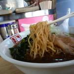 32759948 - 醤油ラーメン(自家製麺)