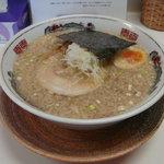 いしつか屋 - 100221 醤油らーめん(こってり・太麺)