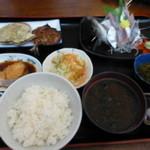 鈴木水産 - おまかせ定食@1,080
