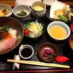 一楽 - 海鮮丼定食=1000円(税込)