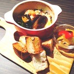 Foods and shotbar Hide-out - 料理写真:
