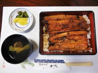 炭焼うなぎ 加茂 - 私が頂いた「うな重・特上・肝吸・漬物」4,000円(税込)は、鰻1.5匹を使用しています。