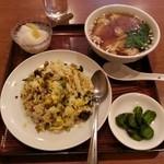 miyamahanten - 高菜チャーハンとワンタン