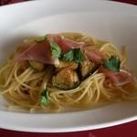 フランス料理 オークヴィル - 生ハムと揚げ茄子のペペロンチーノ