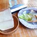 茶房 古久家 - わらび餅セット(柚ジュース)